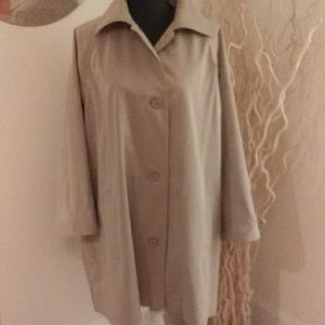 VINTAGE CHRISTIAN DIOR CAPE MADE IN FRANCE